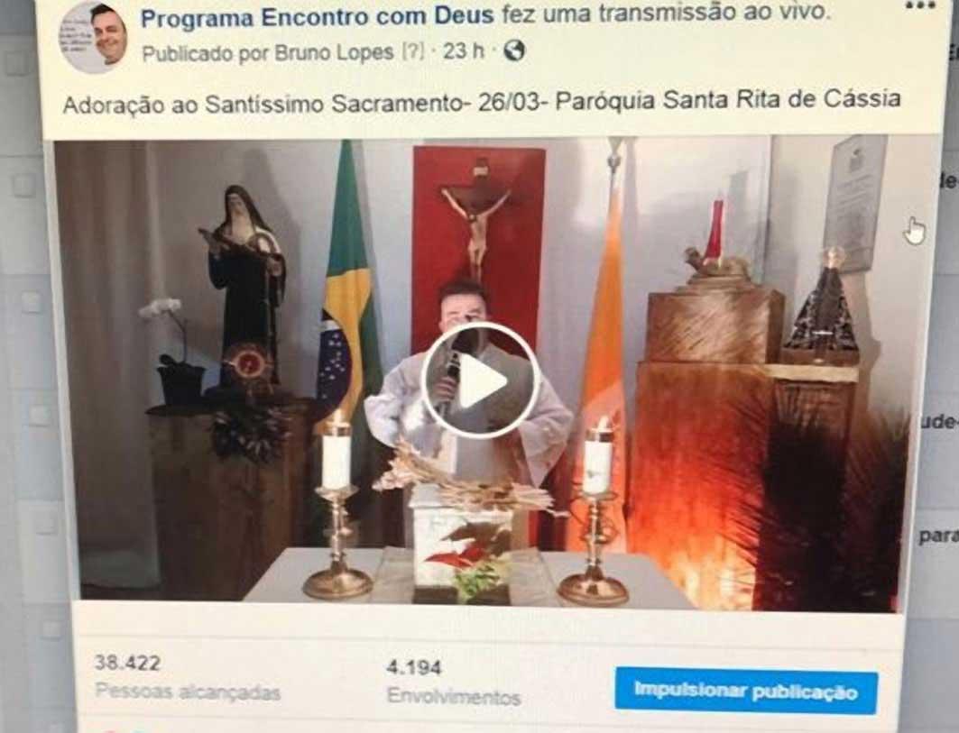 Milhares-de-pessoasacompanham-pelas-redes-sociais-as-celebrações-da-Paróquia-de-Santa-Rita-deCássia-(1)