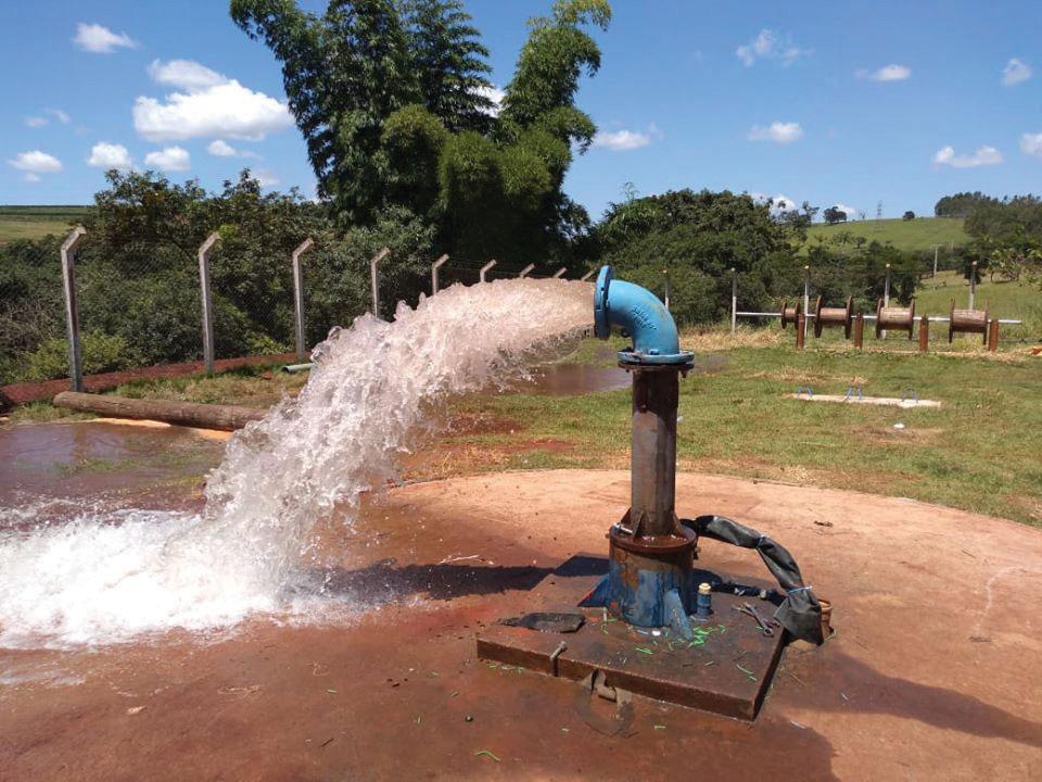 Poço-do-Garimpo-sendo-testado-após-reparos-na-tubulação-(2)